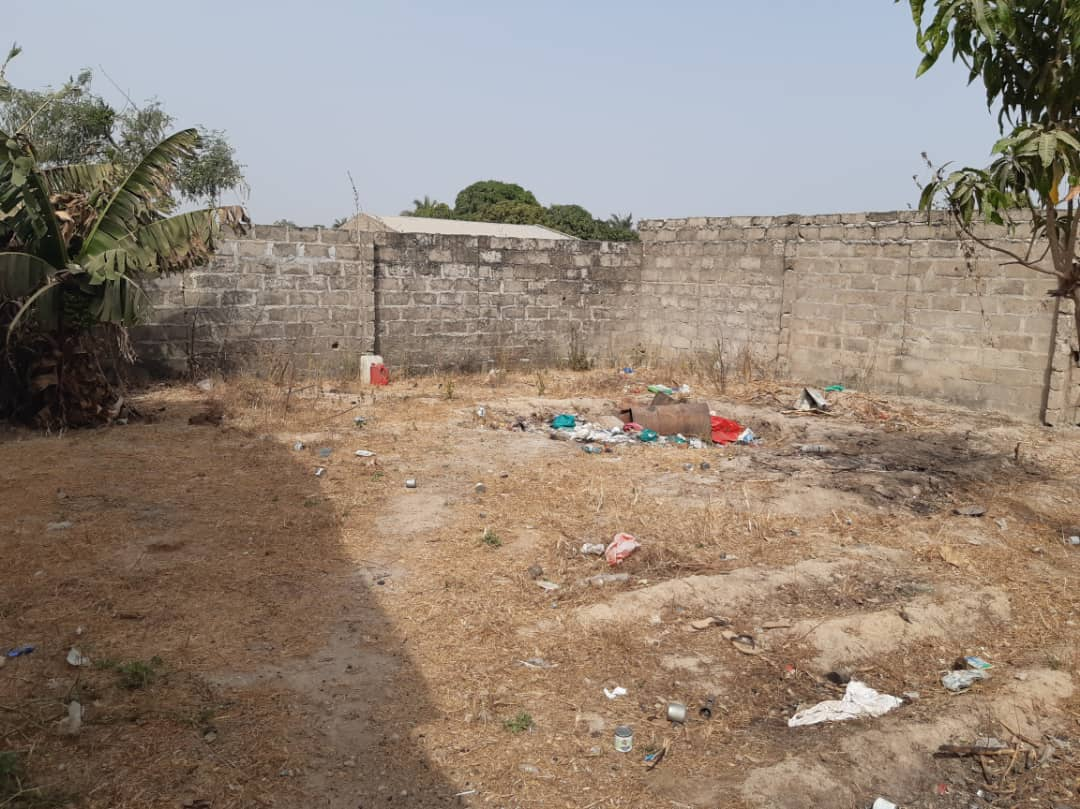 land for sale at kololi 20 x 25 meters for D1,800,000
