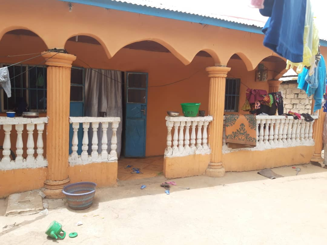8 BEDROOMS FULL COMPOUND IN BUSUMBALA WITH LAND SIZE OF 18 X 23 SOME METERS AWAY FROM THE COCOLA JUNCTION FOR SALE D2,000,000 MILLION