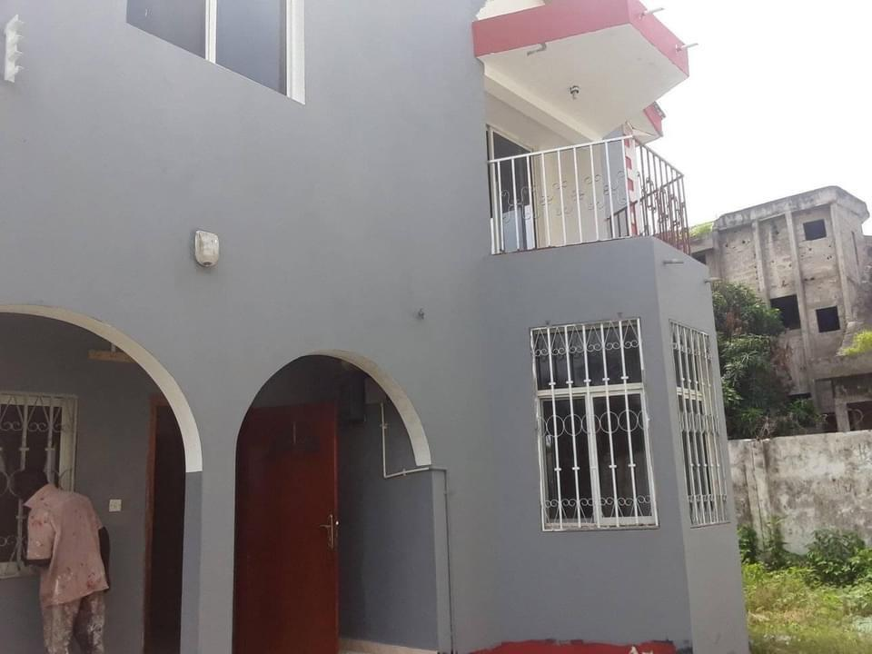 Four bedrooms house for rent at bijilo D250,000 per year