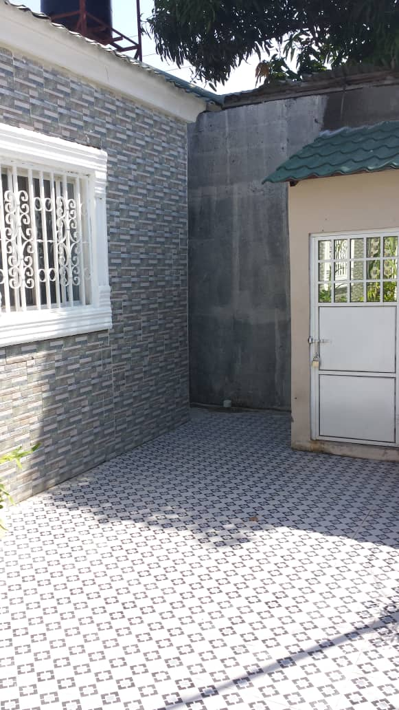 Three bedrooms house for rent at Bakoteh few munites from the highway