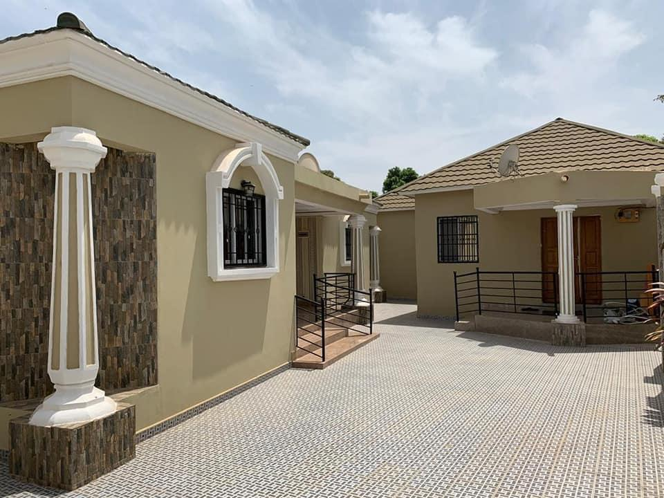 THREE BEDROOMS HOUSE FOR SALE AT MANJAI KUNDA FOR D6,500,000