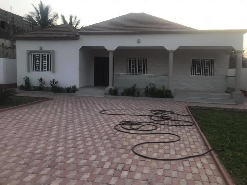 Newly built three bedrooms house for sale at bijilo near Muhammed jah junction for D6.5million with a boys quarter and nice garden