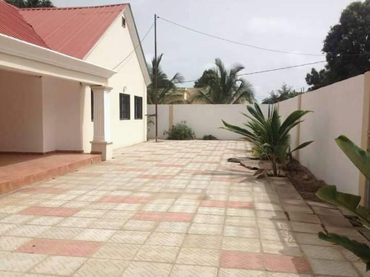 Three bedrooms house at Bijilo for sale