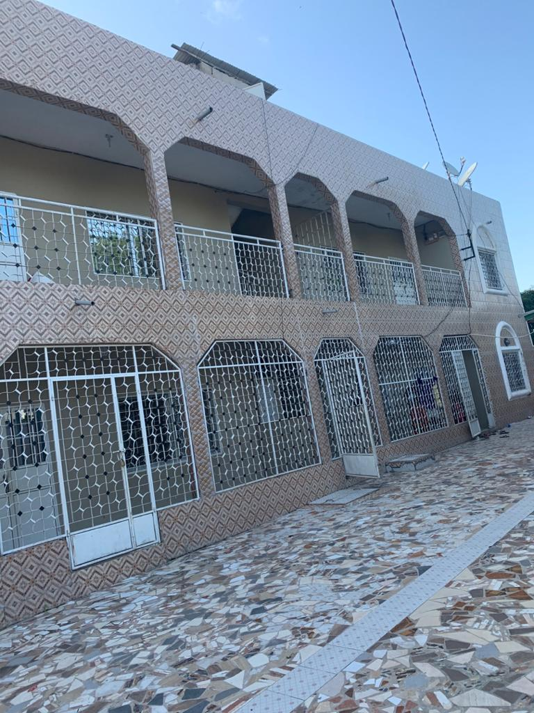 Three bedrooms apartment house for rent at sukuta