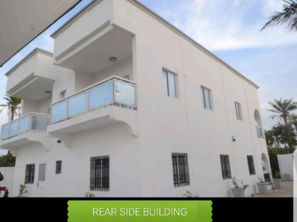 Newly built, modern 4 bedroom bungalow in Kotu